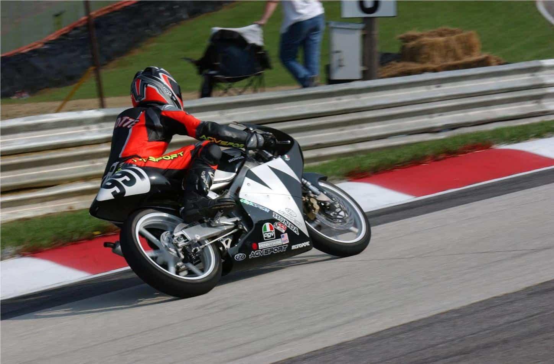 Honda-RS-125-R-Michael-Parrotte-AGV-Sport-Founder