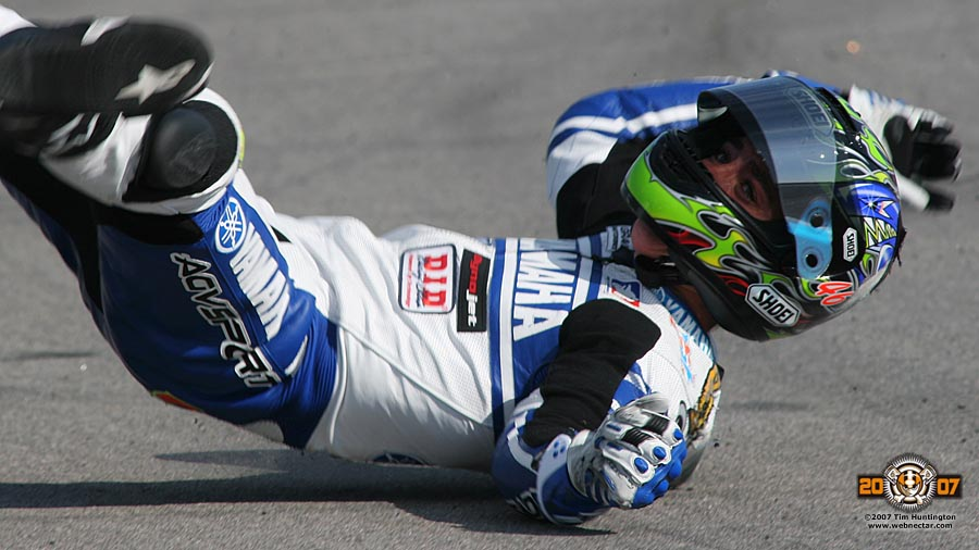 Wearing-Protective-Gear-agv-sport