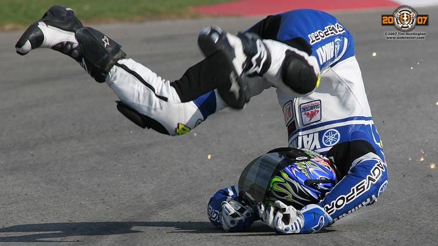 agv-sports-group-leathers-Josh-Herrin-crash-4-Ride-Defensively