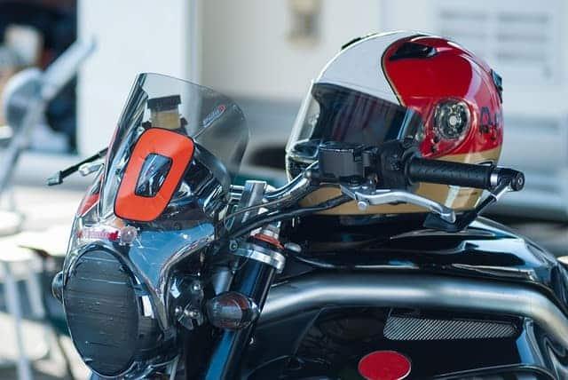 Motorcycle-Helmet-Warning-Requirements-agv-sport