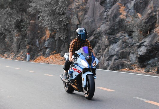 How-riding-a-motorcycle-can-damage-your-hearing-agvsport