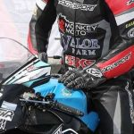 Short-Cuff-Vs-Gauntlet-Motorcycle-Gloves-agvsport