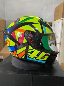 Why-is-Rossi-Valentino-46-agv-sport